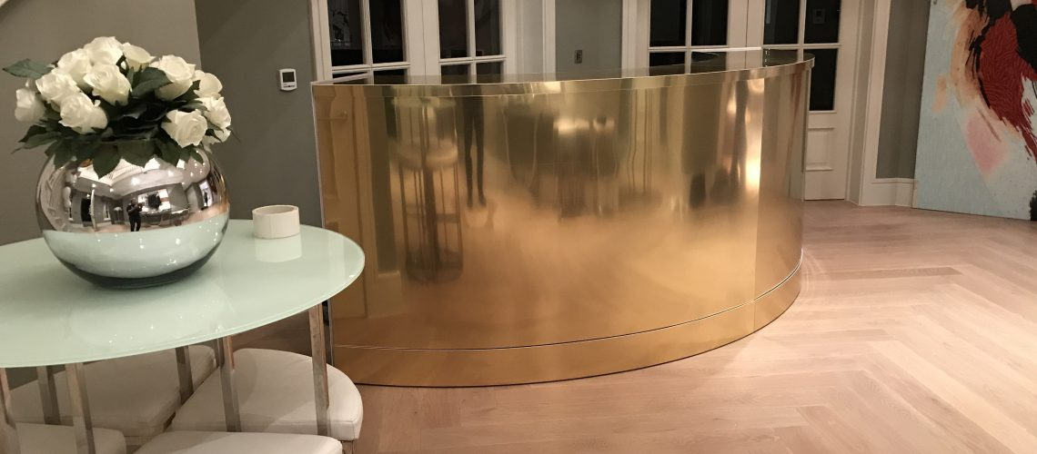 12ft gold mirror curve bar